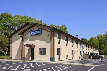 Picture of Travelodge Muskegon in Muskegon Heights