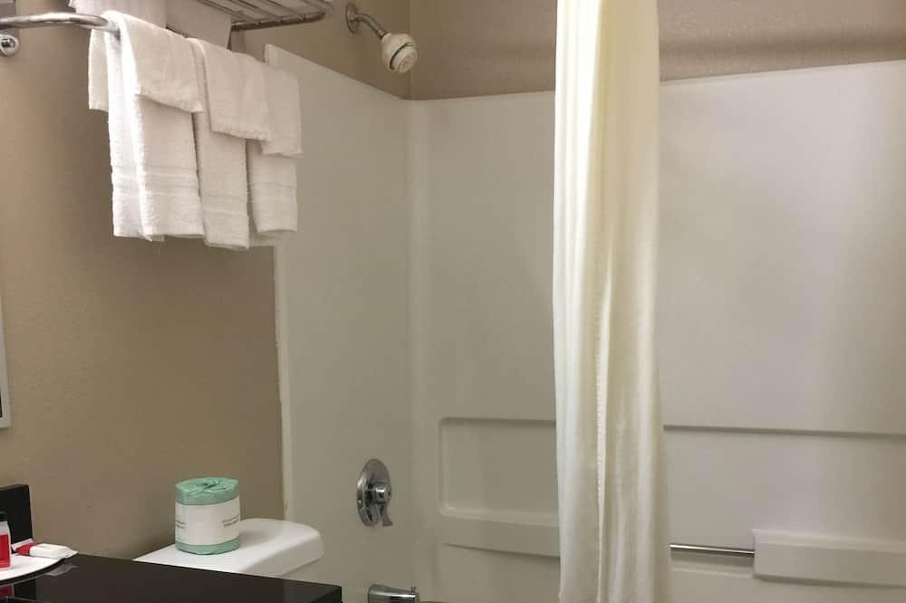 Pokoj, 2 dvojlůžka, kuřácký - Koupelna
