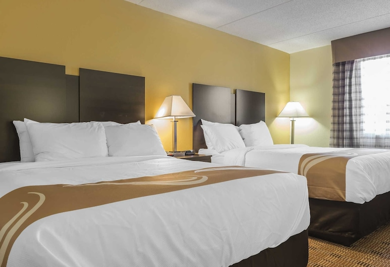 Quality Inn & Suites, Pittsburgh, Standard Room, 2 Queen Beds, Non Smoking, Guest Room