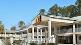 Book this Free Breakfast Hotel in Ocean Springs