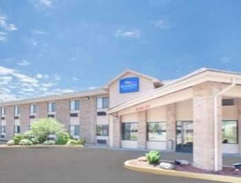 Picture of Baymont Inn & Suites Port Huron in Port Huron