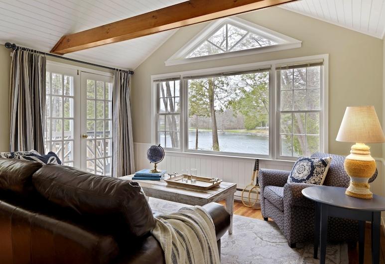เบซิน ฮาร์เบอร์, เวอร์เจนส์, ห้องสแตนดาร์ด, เตียงเดี่ยว 3 เตียง (Two Bedroom Cottage-Standard), ห้องนั่งเล่น