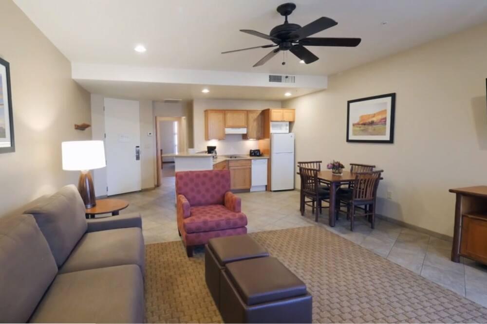 Standard Suite, 1 Bedroom - Living Area