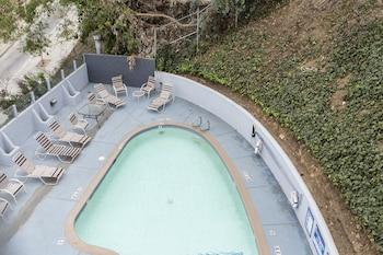 תמונה של Hotel Silver Lake Los Angeles בלוס אנג'לס