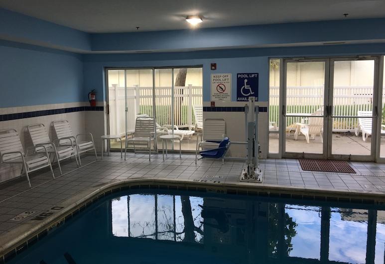 Quality Inn Kalamazoo, Kalamazoo, Hồ bơi trong nhà