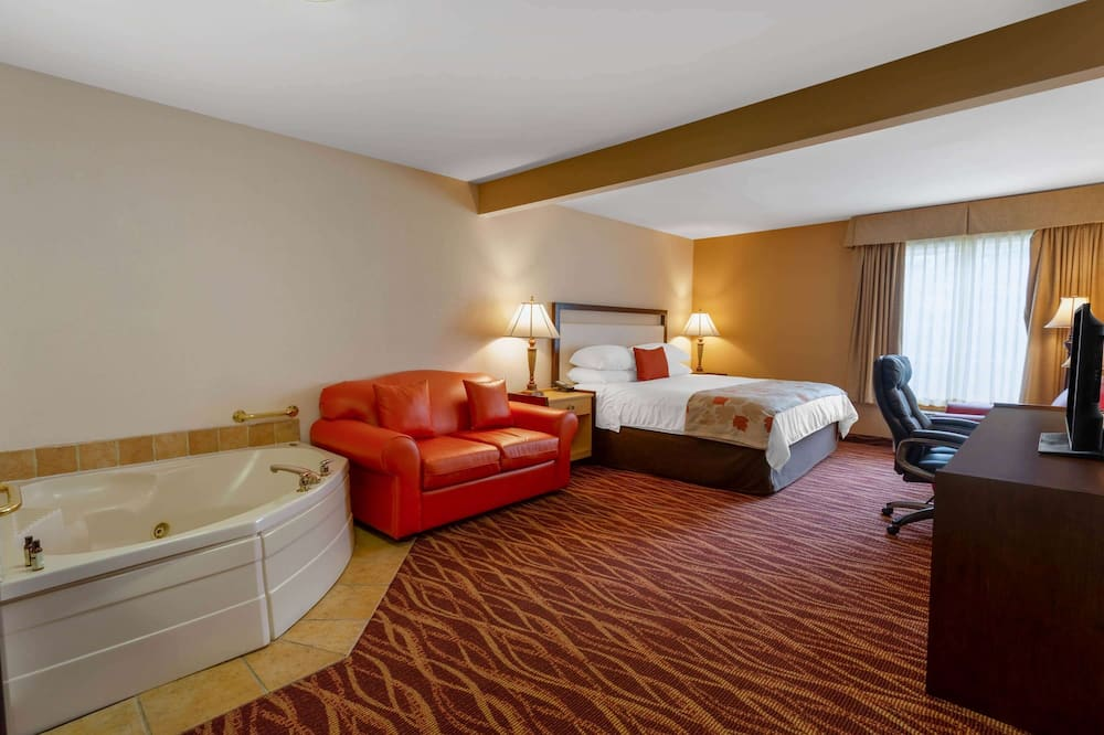 Deluxe Studio Suite, 1 King Bed, Non Smoking - Private spa tub