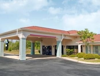 Picture of Days Inn Sumter in Sumter