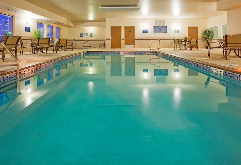 Holiday Inn Express & Suites Sioux Falls At Empire Mall, Sioux Falls, Pool