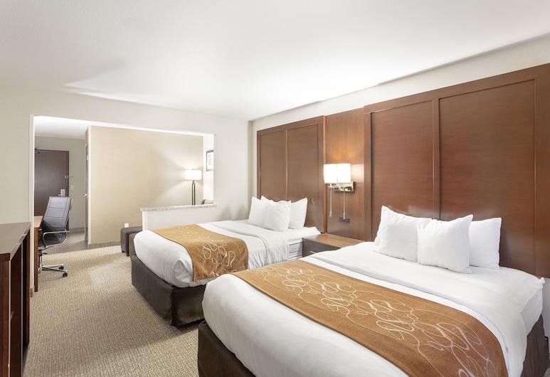 Comfort Suites Yakima, יאקימה, סוויטה, 2 מיטות קווין, ללא עישון, חדר אורחים