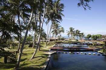 Picture of Coconuts Beach Club & Resort in Siumu