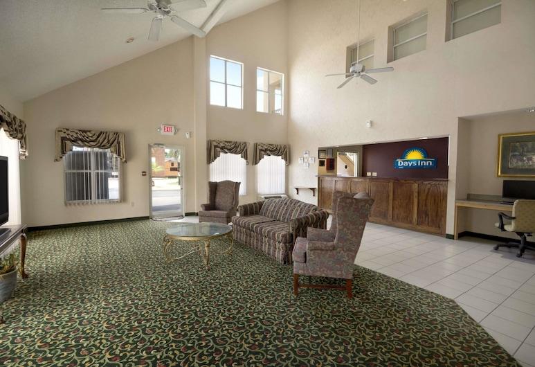 Days Inn by Wyndham Alma, Alma, Lobby
