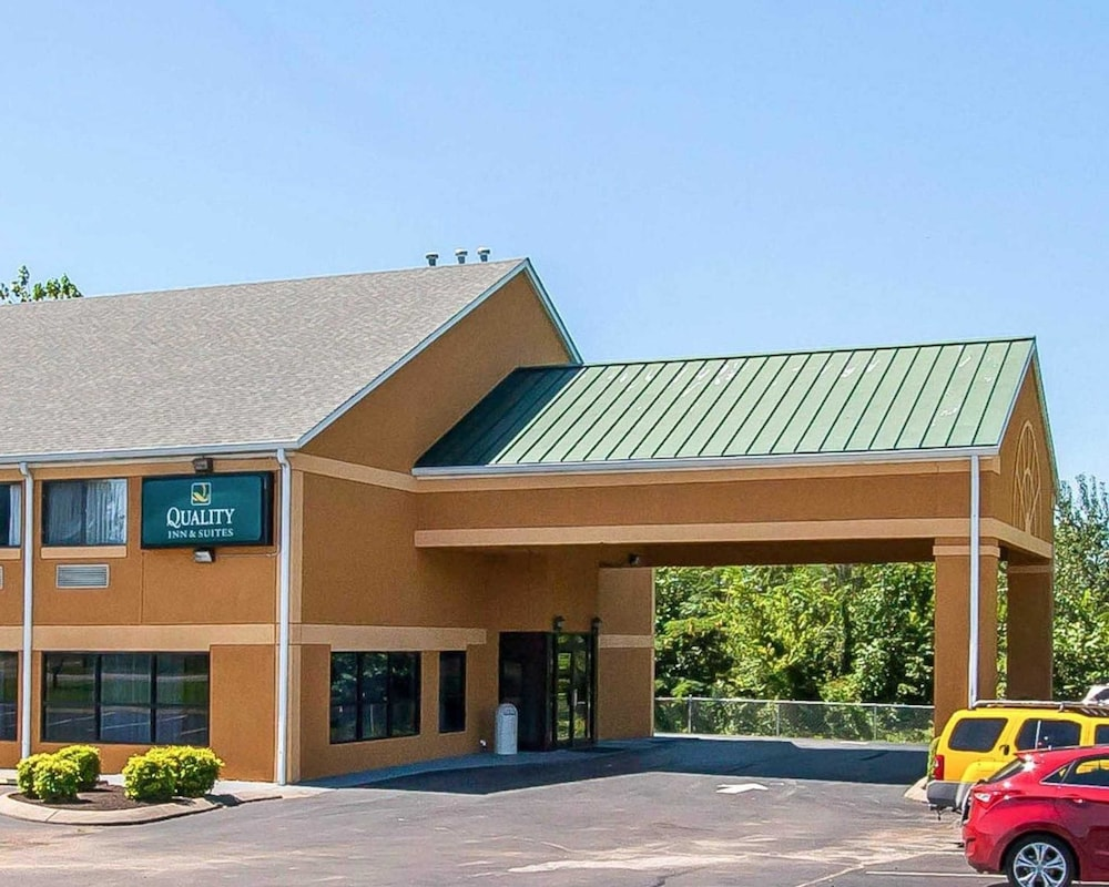 Quality Inn And Suites Centerv Centerville
