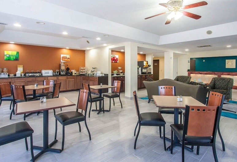 Quality Inn And Suites Centerv, Centerville