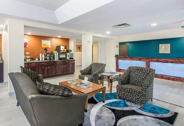 Quality Inn And Suites Centerv, Сентервілль, Фойє