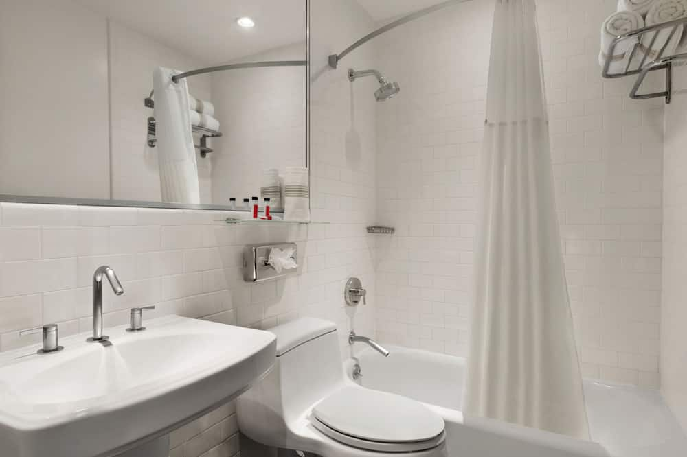 Club Room, 1 Double Bed (Premier) - Bathroom