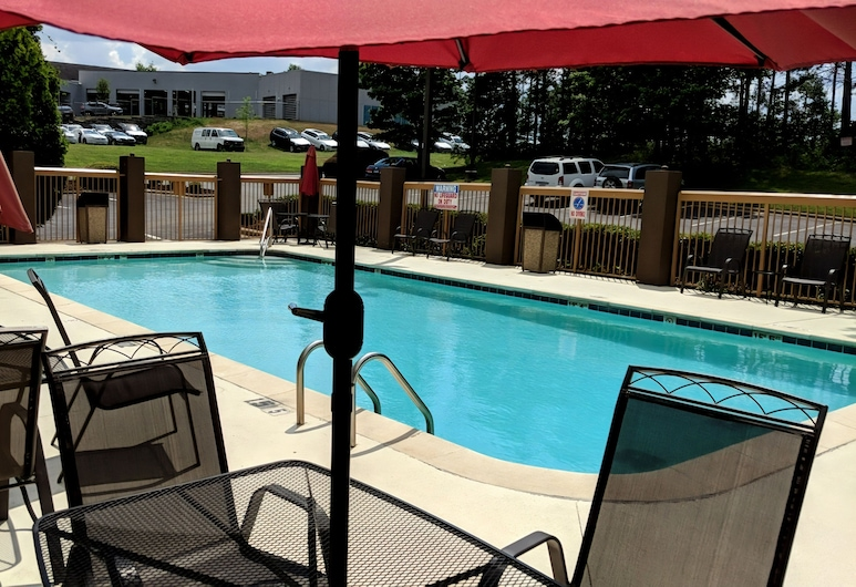 Comfort Suites University - Research Park, Charlotte, Pool