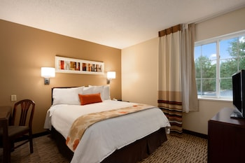 Picture of Hawthorn Suites by Wyndham Greensboro in Greensboro