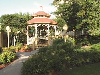 Picture of La Quinta Inn & Suites by Wyndham Memphis Primacy Parkway in Memphis