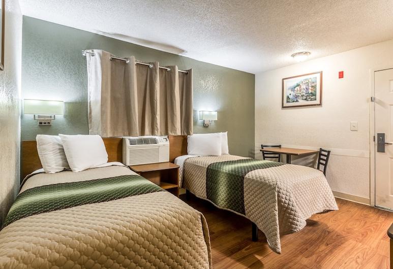 HomeTowne Studios by Red Roof Dallas - Mesquite, Mesquite, Estudio estándar, 2 camas dobles, para no fumadores, Habitación