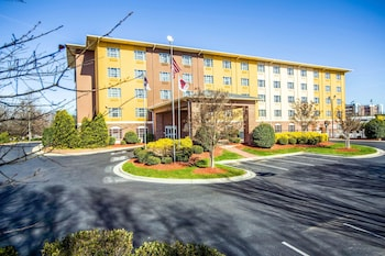 Picture of Comfort Suites Pineville in Pineville