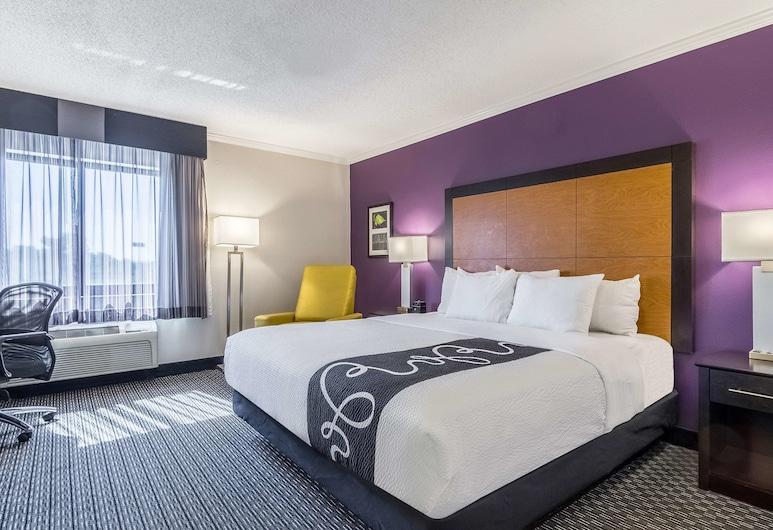 La Quinta Inn & Suites by Wyndham Univ Area Chapel Hill, Durham, Paaugstināta komforta numurs, 1 divguļamā karaļa gulta, nesmēķētājiem, Viesu numurs