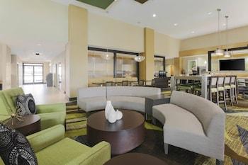 奥克拉荷馬市奎爾斯普林斯萬豪春丘套房酒店的圖片