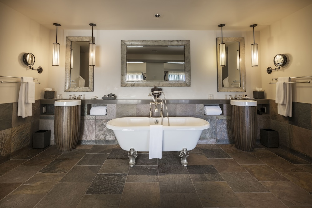 The Heritage House Resort, Little River, Ocean View With Tub, Deep Soaking  Bathtub