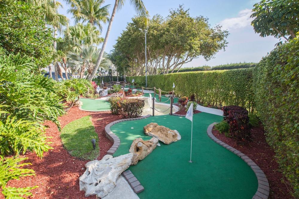 Book Stadium Hotel in Miami Gardens | Hotels.com