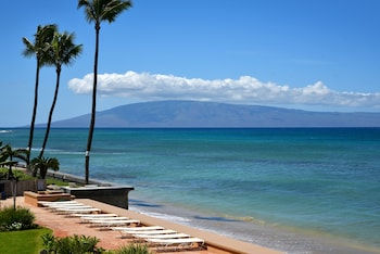 Picture of Makani Sands in Lahaina