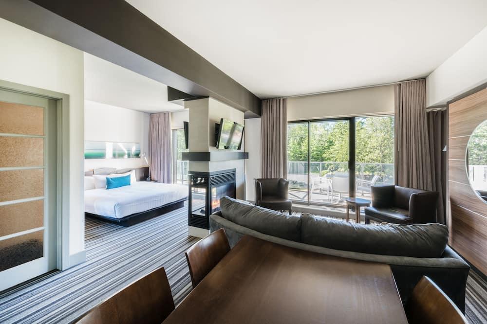 Apartmá, výhled na jezero (Evolution) - Obývací prostor
