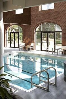 תמונה של Delta Hotels by Marriott Bessborough בססקטון