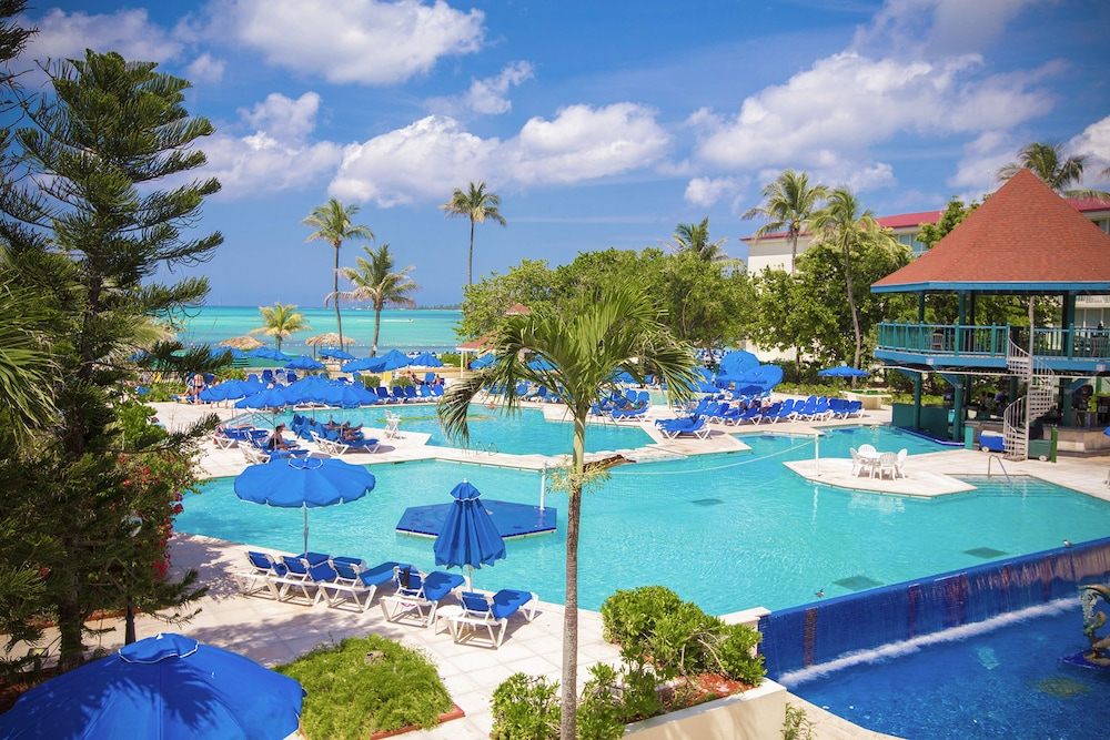 Breezes Resort Nassau Bahamas