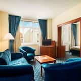Suite, 1 King Bed, Non Smoking - Guest Room