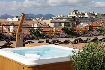 Picture of Best Western Plus Le Patio des Artistes in Cannes