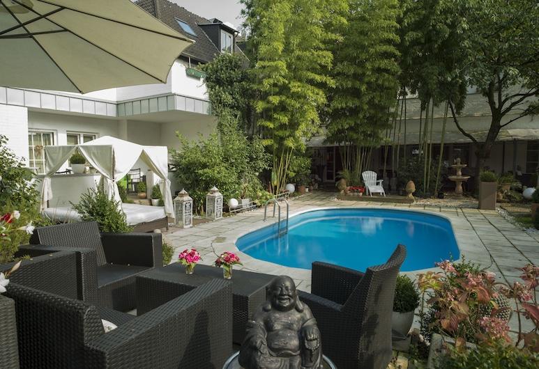 Hotel Ashley's Garden, Düsseldorf, Bazén