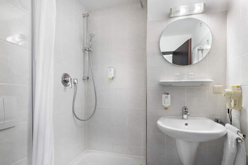 Standard Δίκλινο Δωμάτιο για Μονόκλινη Χρήση - Μπάνιο