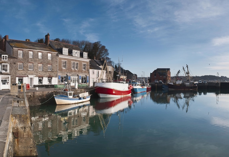 Padstow Harbour Hotel, Padstow, Canotage