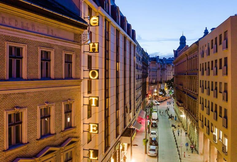 Erzsebet Hotel City Center, Budapest, Hotel homlokzata - este/éjszaka