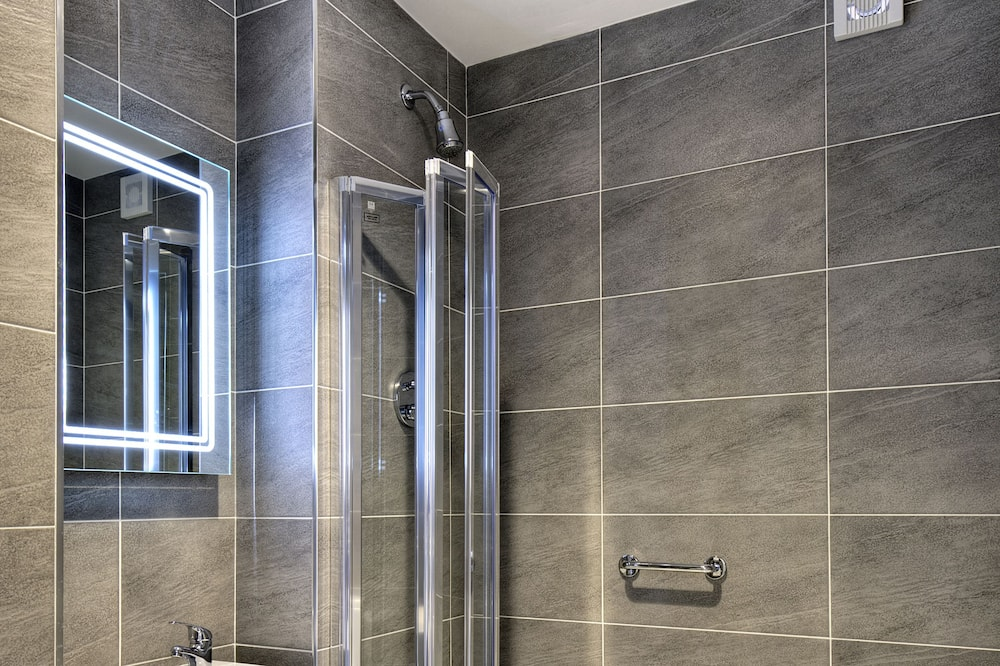 トリプルルーム - バスルーム