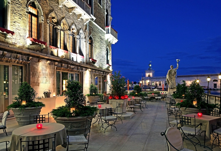바우어 팔라조, 베네치아, 호텔 바