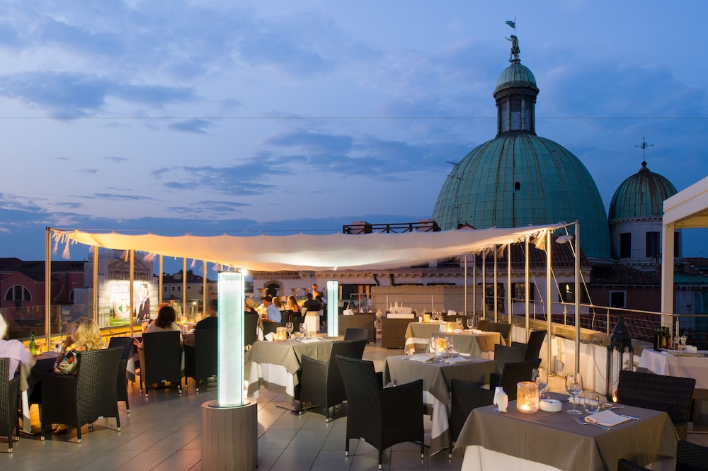 Rooms: Book Hotel Carlton On The Grand Canal In Venice