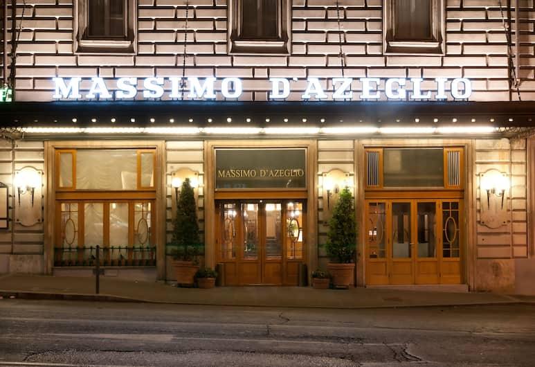 Bettoja Hotel Massimo D'Azeglio, רומא, חזית המלון