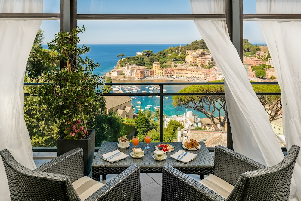 Book Hotel Vis à Vis in Sestri Levante | Hotels.com