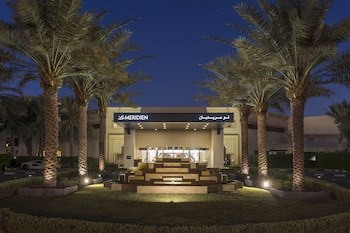 Picture of Le Meridien Dubai Hotel & Conference Centre in Dubai