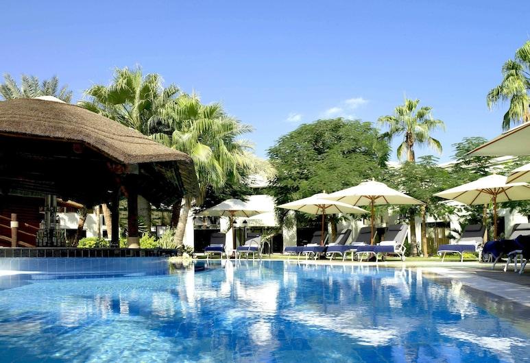 Le Meridien Dubai Hotel & Conference Centre, Dubai, Pool