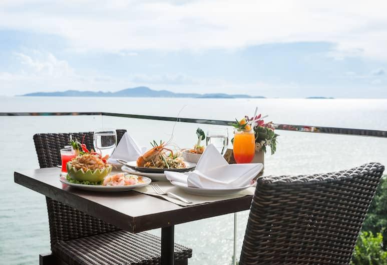 Royal Cliff Beach Hotel, Pattaya, Restaurant