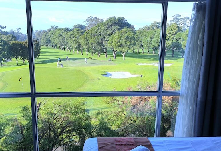 Red Star Hotel West Ryde, West Ryde, Deluxe-Dreibettzimmer, Ausblick vom Zimmer