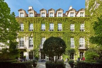 パリ、パビヨン デ ラ レインの写真
