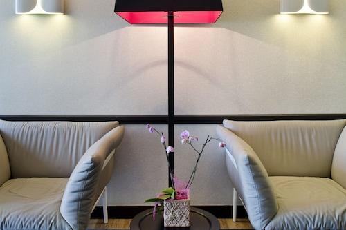 勒芒巴蒂諾爾美居飯店/