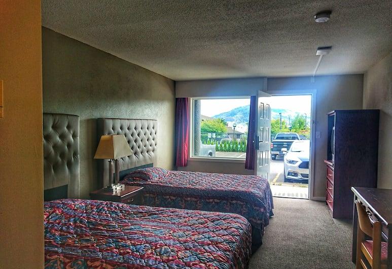 Panorama City Centre Inn, Kamloops, Standard Oda, 2 Çift Kişilik Yatak, Küçük Mutfak, Oda Manzarası